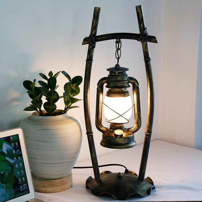 Retro Vintage Desk Lamp Personality Bedroom Study Bar Iron kerosene Lamp Creative Chinese Antique Lantern Table lamps for Lamp