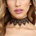 Collar de gargantilla de encaje de las mujeres de encaje bordado Hueco collar de moda collier femme cuerpo cadena de la vendimia collares joyería del partido C740
