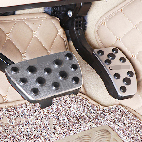 2pcs New Aluminium Alloy Brake Pedal Accelerator pedal Cover For Toyota Land Cruiser lc200 16 18