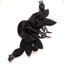 1pc 3D black flower beaded patches for clothing DIY Sew on rhinestone handmade patch embroidery flowers parche ropa
