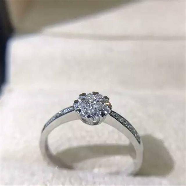 LASAMERO Snow Flake Design Real Diamond 0.24ctw Cluster Halo Natural Diamond Accents Wedding Ring 18k White Gold Engagement Ring