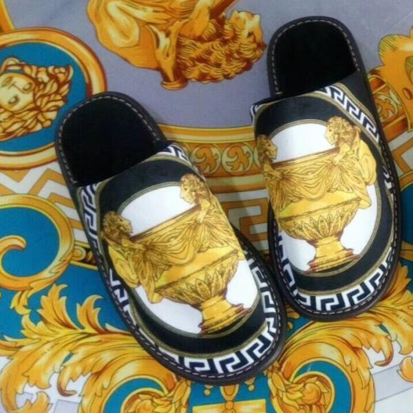 Haut de gamme cinq étoiles hôtel europe de luxe Talon Plat chambre maison intérieur hiver chaud Hommes Femmes lady Slip Resistancs pantoufle chaussures