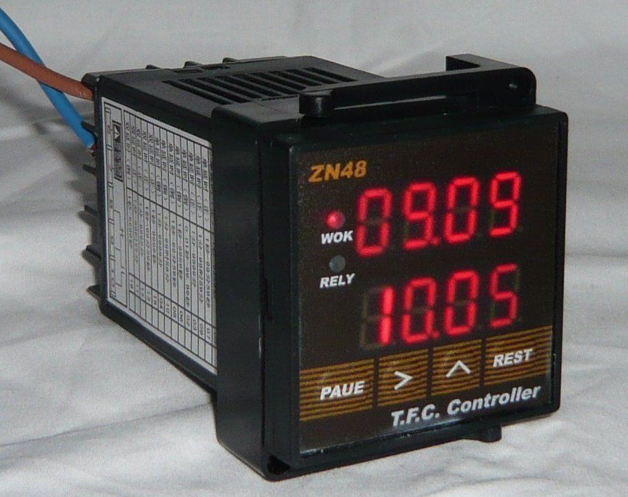 DIGITAL TIME RELAYS COUNTERS TIMERS TIRED TACHOMETER FREQUENCY 110V 220V AC DC R victor dm6235p digital tachometer