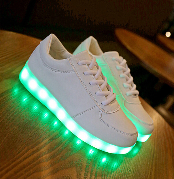 Led Shoes For Children Fashion Luminous Sneakers boys girls USB Charging Light  Up kids Glowing Neon Basket Led Shoes f589cdec3