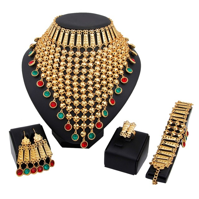 fd109344dce4d Dubai Bridal Wedding Gold Plated Rhinestones African costume Jewelry Sets  Indian Women Tassels Necklace Earrings-in Jewelry Sets from Jewelry & ...