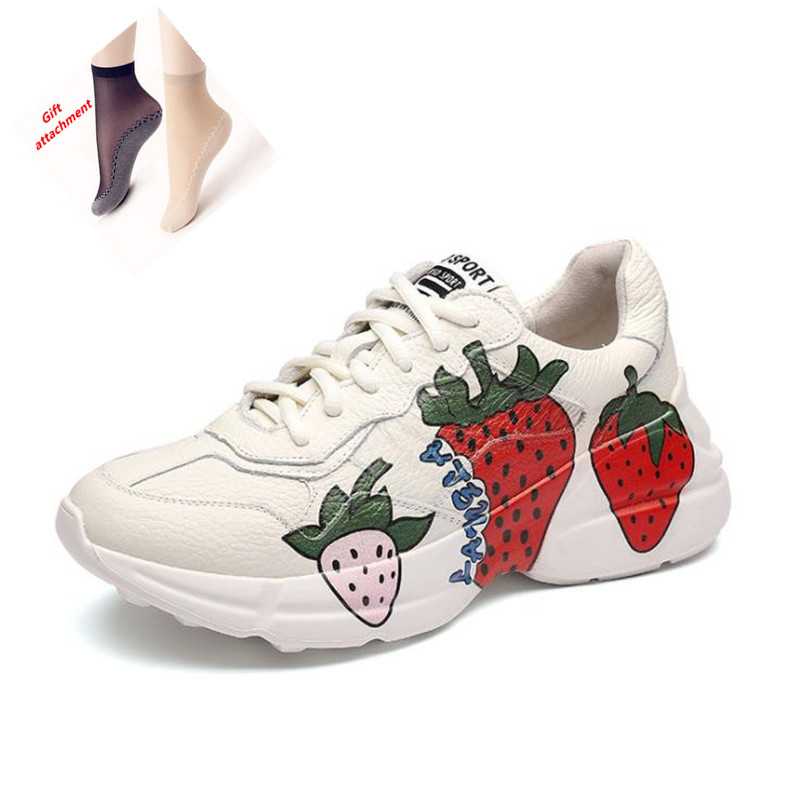 New brand small white shoes fashion comfortable and breathable ladies sports shoes spring and autumn leather