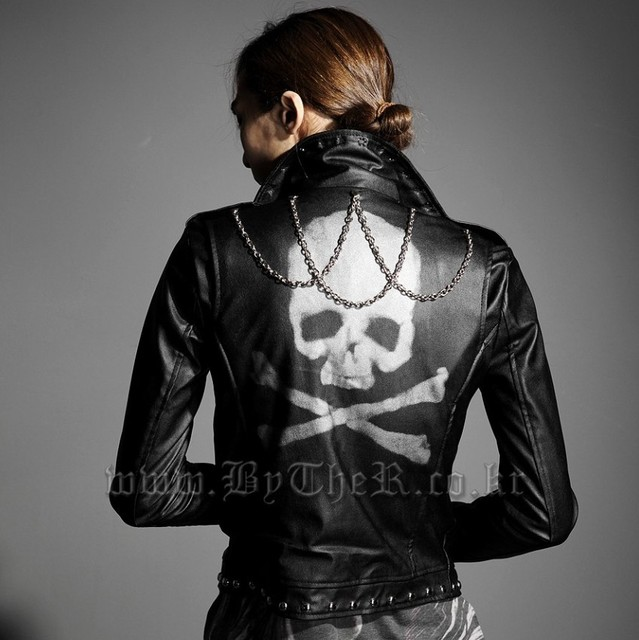 Free shipping !!! men's new fashion tide brand  rivet  Skull motorcycle leather clothing  Stage costumes jacket