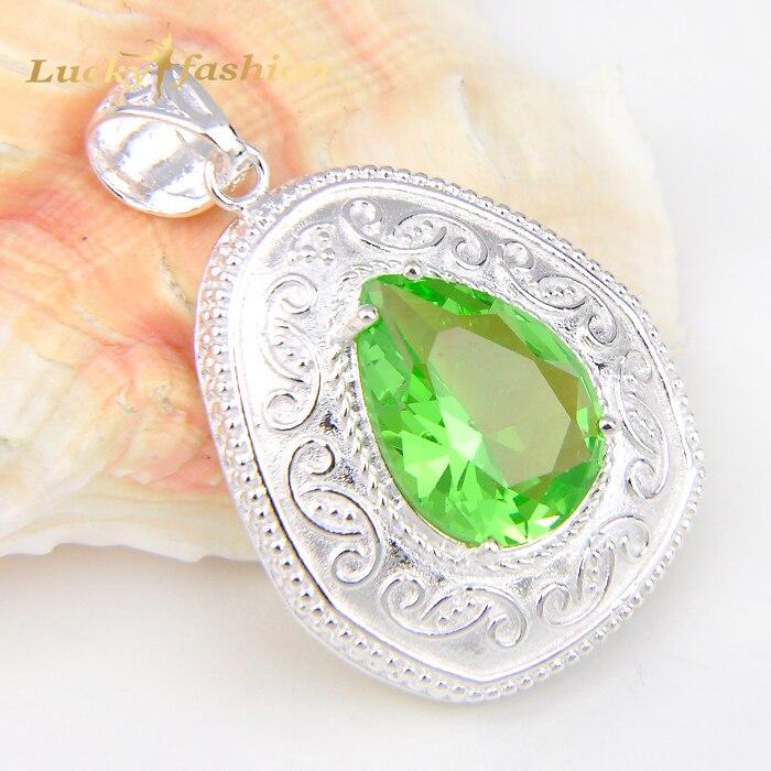 3d5e668b6c34 Mejor precio al por mayor 10 unids 1 lote joyería plateada plata más nueva  hierba verde cuarzo cristal Colgantes para Collares