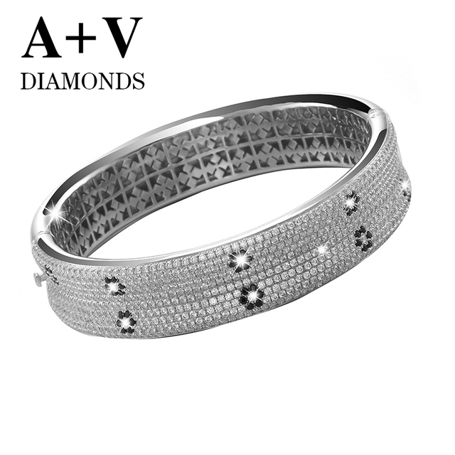 free shipping 18k white gold nature diamond modren luxury trendy bangle for women wedding