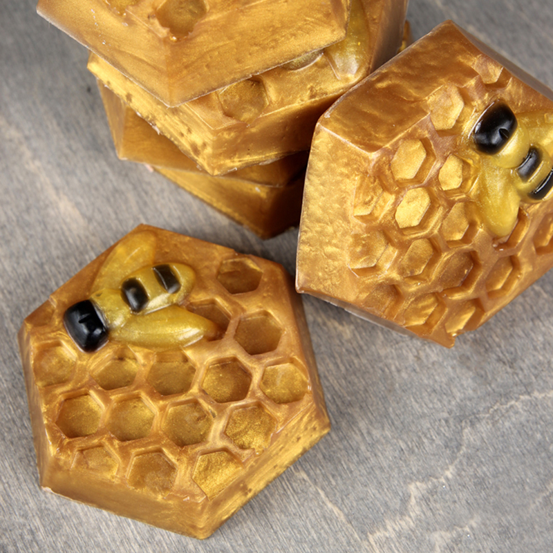 Honeycomb-and-Bee-Melt-and-Pour-Soap