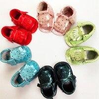 Noworodka pomponem buty pełne skórzane grube podwójne dno sandały miękkie podeszwie buty dla dzieci bielizna dla dzieci kryty 17S907 obuwia