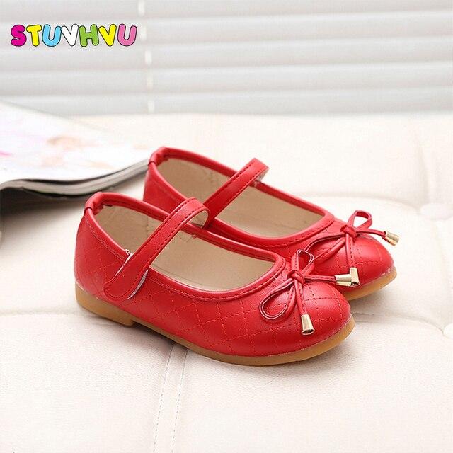 9ac5397fcf26f Parti filles chaussures nouvelle mode 2019 bébé enfants enfants fille  princesse en cuir rouge chaussure printemps