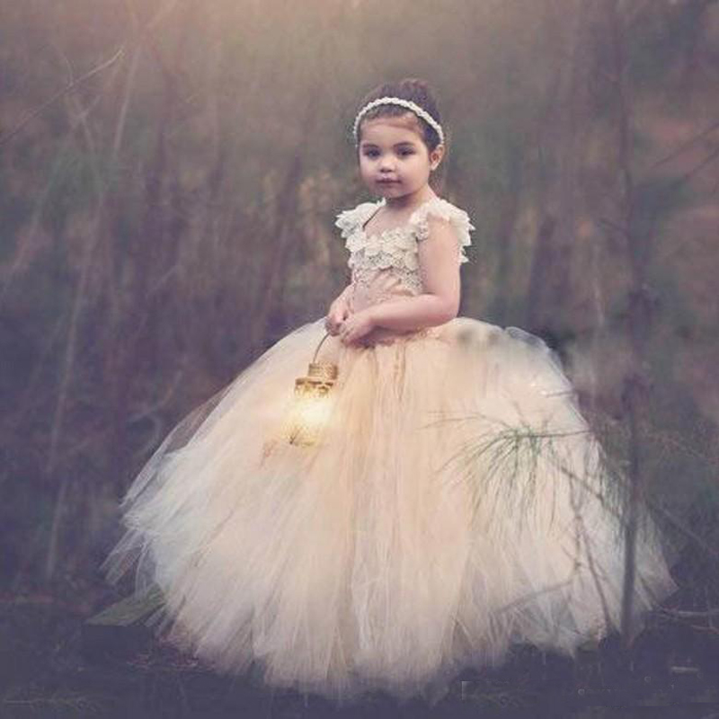 Vintage Flower Girl Dresses for Weddings Special Occasion Ball Lace Appliques Puffy Champagne Tulle Communion Dresses 2016