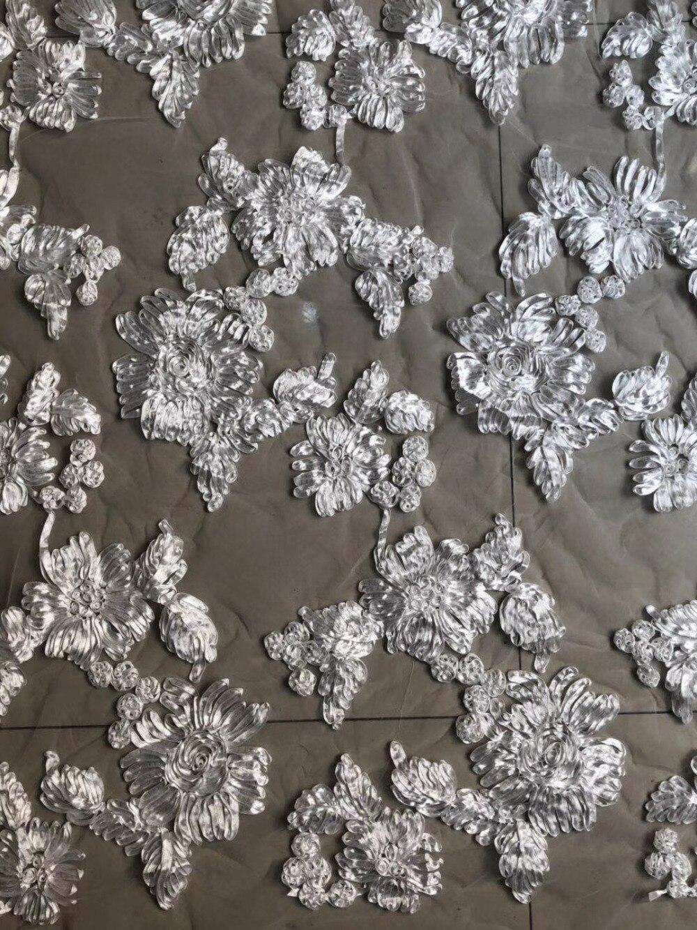 BEAUTIFICAL Nigeriaanse Netto Kant Stof Grote rode 3D Bloemen Kant 2018 Fashion Franse Kant Stof Voor Bruiloft 5 yards Bruiloft jurk-in Kant van Huis & Tuin op  Groep 2