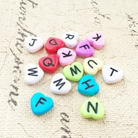 New Arrival 1300pcs 4*11mm Assorted Colors Mixed A Z Lovely Heart Alphabet Beads Plastic English Charater Letters Spacer Beads