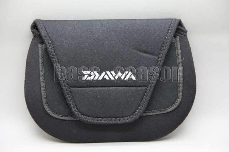 Brand New DAIWA Fishing Reel Roller Bag Spinning Reel Covers Saltwater Reel Storage Case Size L