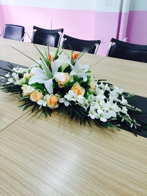 home decorative white champagne artifical flowers Church Stage Hall meeting room wedding table