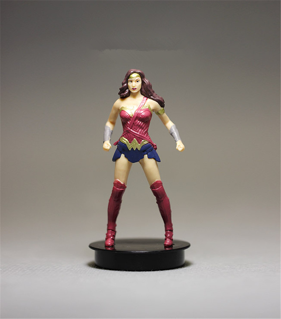 1pieces 8.5cm DC Wonder Woman PVC Action figure toys Adorable Collectible Model For Children Gift