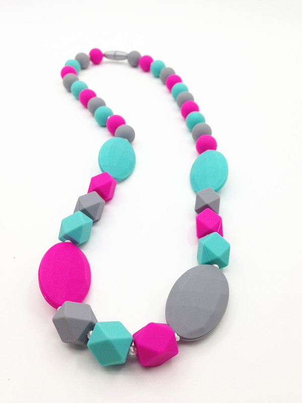 Food grade silicone teething necklace with heart beads baby chew bpa free food grade silicone teething necklace baby safe silicone mom nursing jewelry necklace mozeypictures Images