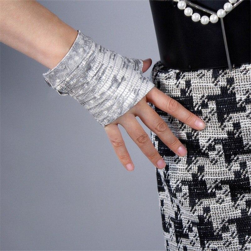 Latest 2020 Real Leather Fingerless Gloves White Lizard Skin Animal Pattern Pure Sheepskin Half Finger Short Woman Gloves TB130