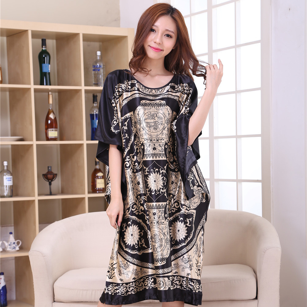 Hot Sale Black Chinese Lady Rayon Robe Gown Novelty Printed Nightgown Sleepwear Traditional Yukata Bath Dress One Size S002-H