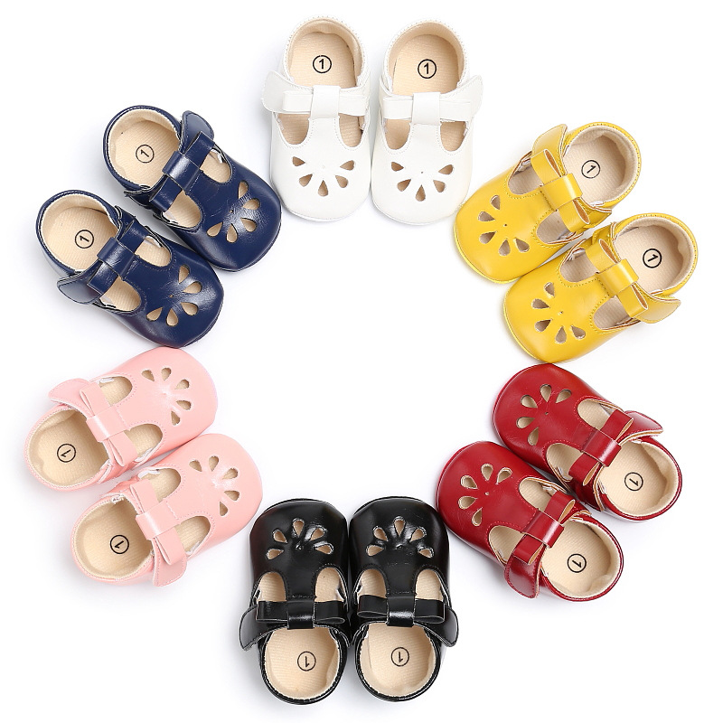 Fashion Newborn Baby Girl PU Leather Hollowed Flowers Crib Pram Shoes First Walkers Prewalker Summer Shoes