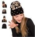 2015 Online Design Spikes Chapéu Gorro de Lã Tampão do Inverno Malha chapéus para homens e mulheres Skullies Gorros Legal do punk atacado sólida