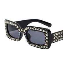 Pequenos Óculos De Sol da Marca das mulheres com pérolas Diamantes e pedras de Cristal Preto da Senhora Partido Praça Praia Óculos de Sol de Alta Qualidade