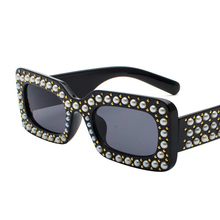 Womens Brand Small Sunglasses with pearls Diamonds and Crystal stones Black Ladys Square Party Beach Sunglasses High Quality