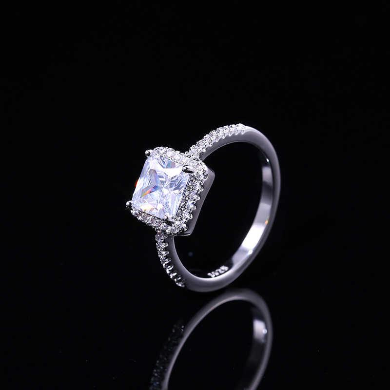 Huitan Eternity Ring mit Prinzessin Cut Zirkonia Prong Einstellung Luxus Liebhaber Geschenk Schmuck, Verlobung, Hochzeit Ringe für Frauen