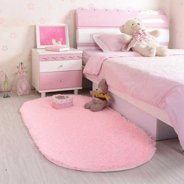 Soft Oval Carpet Faux Fur Area Rug – Slip Resistant For Living Room & Bedroom