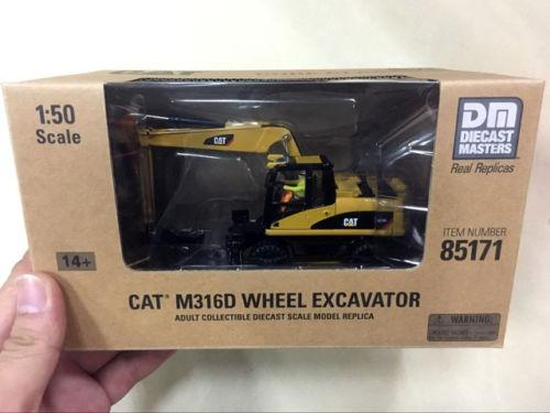 Caterpillar Cat M316D Wheel Excavator 1/50 MODEL BY DIECAST MASTERS #85171 large 24x24 cm simulation white cat with yellow head cat model lifelike big head squatting cat model decoration t187