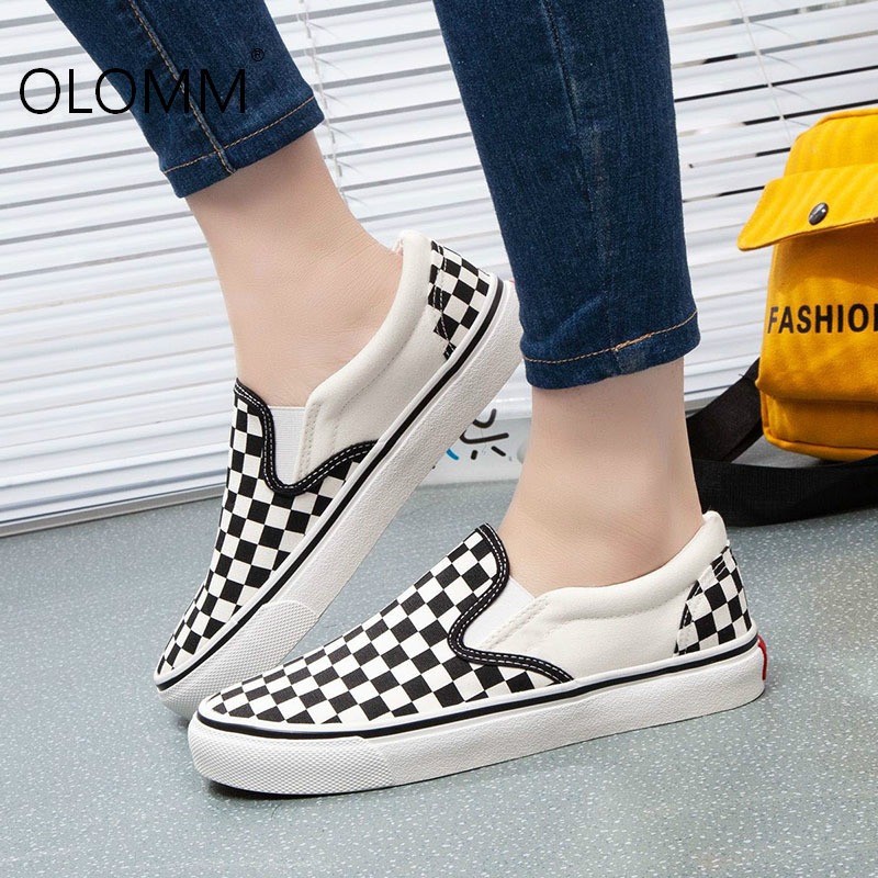Large size women loafers casual flat canvas shoes loafers women  zapatos de mujer  sneakers women  platform shoes(China)