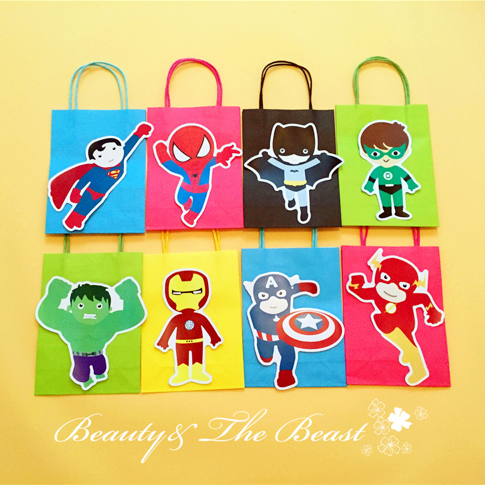 Superhero bags the avenge favor bag gift bag birthday for Bag decoration ideas