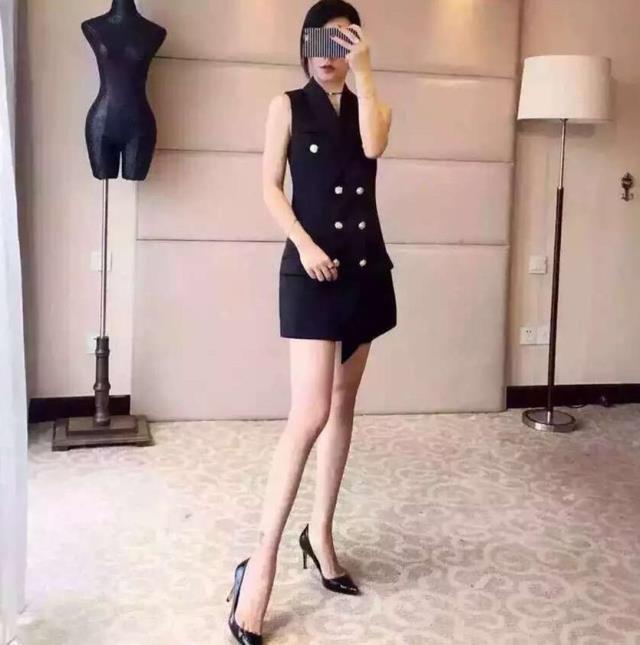 Mode Temps Noir Polyester Dans Manches Femmes Le Fourrure Style Longue Limitée Breasted Double Chalecos 2018 De Solide Nouveau Sans Costume Mujer blanc Gilet 4nwfYxgq61