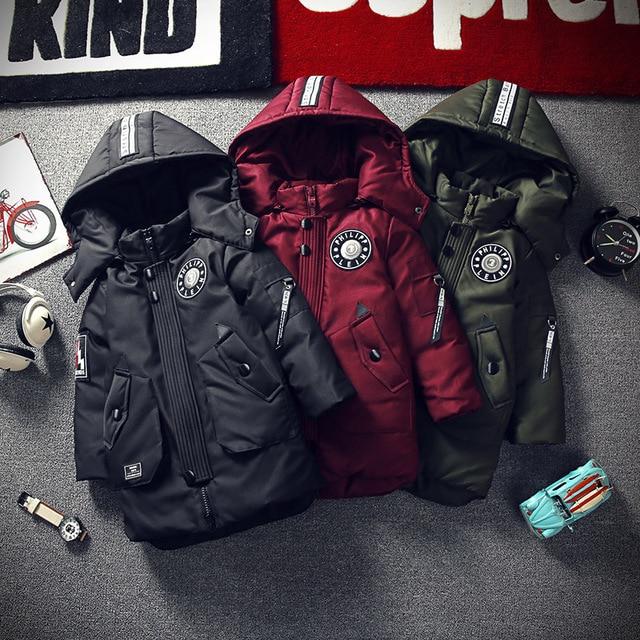 Новинка 2018 года, детская зимняя куртка для мальчиков, модное толстое длинное пальто с капюшоном и хлопковой подкладкой для мальчиков, однотонная парка, детская одежда, верхняя одежда