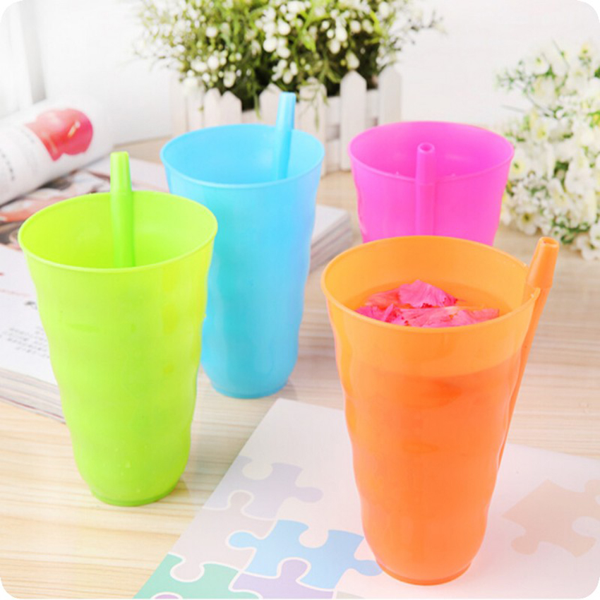 1Pcs Infant Children Kids Baby Sip Milk Cup With Built In Straw Mug Drink Home Colorful Cups Built-in Straw