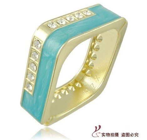 Free shipping hottest 5 pieces/lot novelty square bangle bracelet with opening resin bracelet night club jewlery  unique design