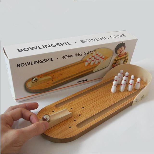 1 conjunto De Madeira brinquedo de madeira jogo de mesa do presente do escritório criativo tempo de lazer mini bowling do jogo do bebê crianças Presente de aniversário