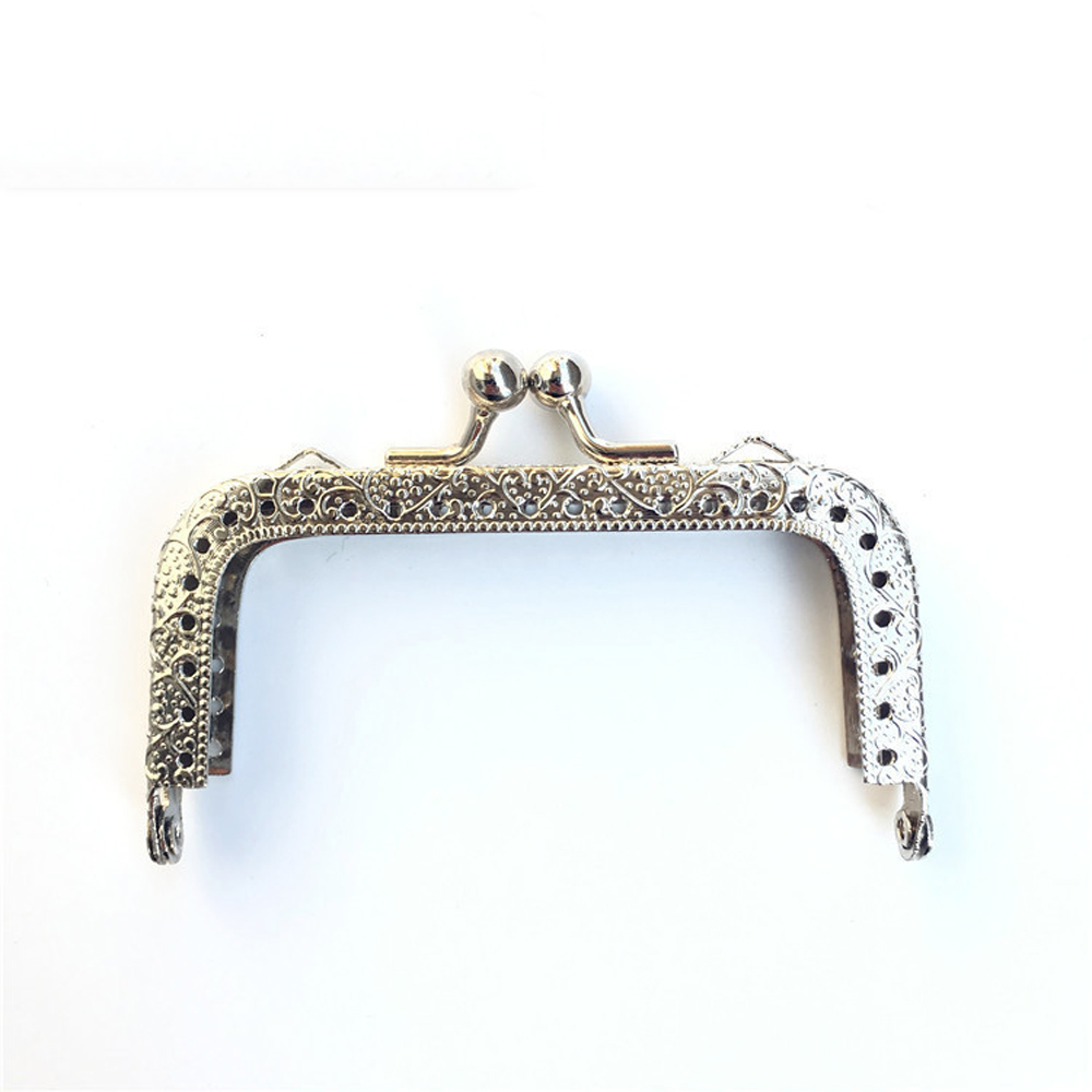 Image 5 - 8.5cm DIY women coin bag metal clasp purse frame knurling straight edge kiss buckle 10pcs/lotBag Parts & Accessories   -