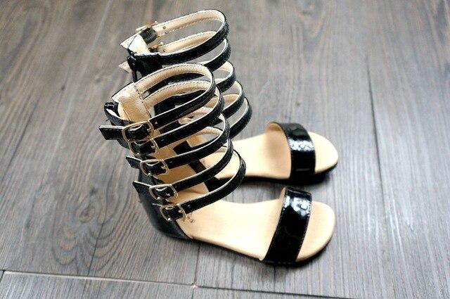 Comercio al por mayor 10 par/lote Romanas del Gladiador del verano hecho a mano de microfibra zapatos de bebé Primeros Caminantes niñas mocasines bebé Cremallera calado
