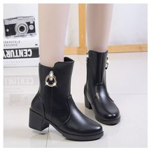 Women's winter boots 2019 new fashion women's boots round head solid color warm women's Martin boots(China)