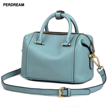 2019 new European and American leather simple fashion first layer  bag portable Messenger tassel handbag