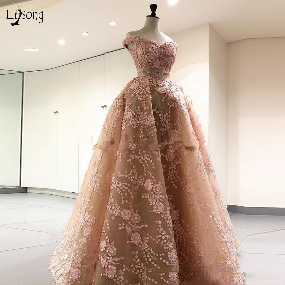 Pretty Champagne Lace Prom Dresses 2019 Pink Appliques Long Prom Gown With Overskirt Modest Party Dress