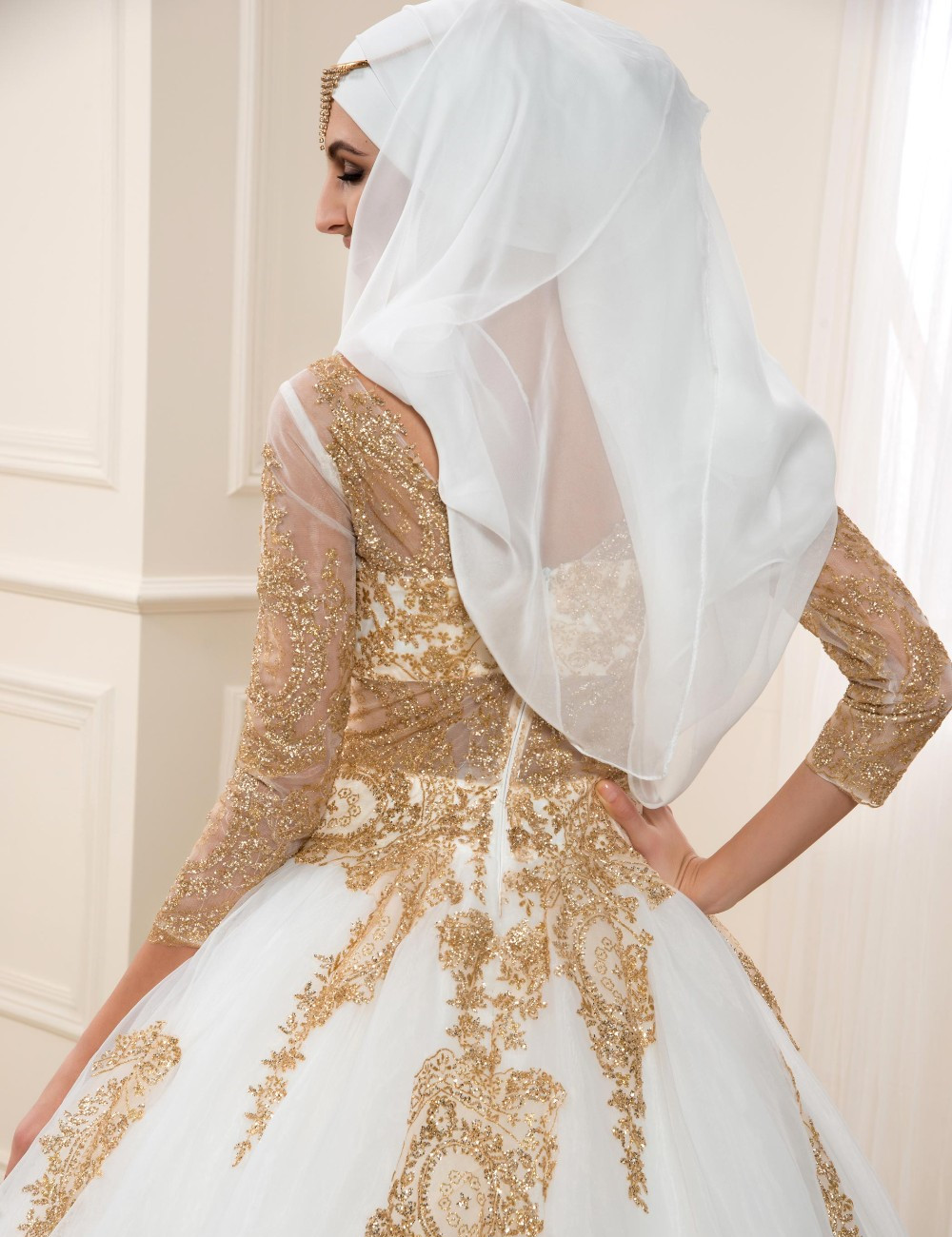 Gold Lace Muslim Wedding Dresses With Sleeves 2017 See Through Ball Gown Hijab Wedding Dress