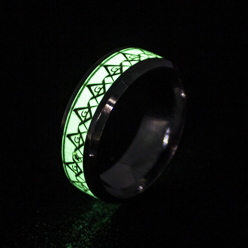 Superman Heart Luminous Rings for Women Men Stainless Steel Fluorescent Glowing In dark Finger Freemason Batman Rings Jewelry