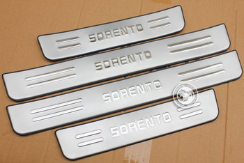 цена на High quality stainless steel Scuff Plate/Door Sill for 2009-2013 KIA Sorento Car styling