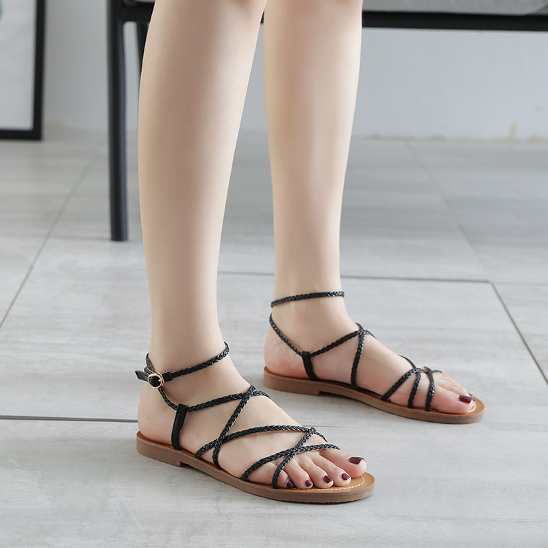 2019 summer new style simple and simple solid color woven sandals women comfortable wild beach sandals
