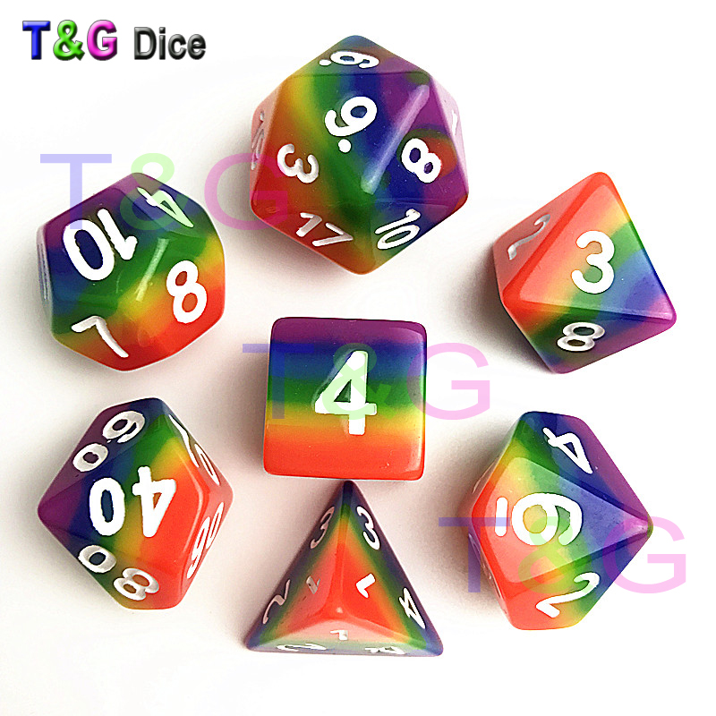 все цены на 2017 New Dice 7pcs/set Rainbow dice ,d4 d6 d8 d10 d10 d12 d20 dnd rpg dice for board game онлайн
