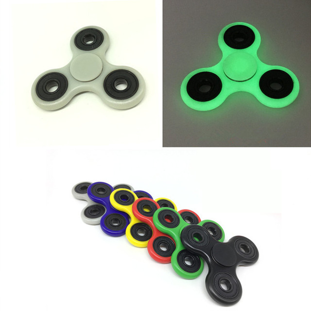 6 Colors Tri-Spinner Fidget Plastic Hand Spinner